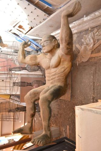 Figures & Statues